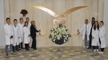Students commemorated memory of deceased body donors for the Department of Anatomy