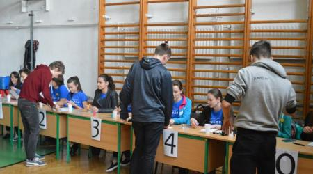 The international mathematical competition Náboj