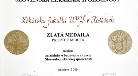 Slovak Medical Association awarded a gold medal to the Faculty of Medicine, UPJŠ